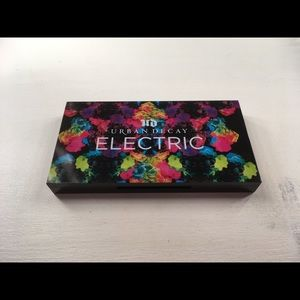 Urban decay electric palette